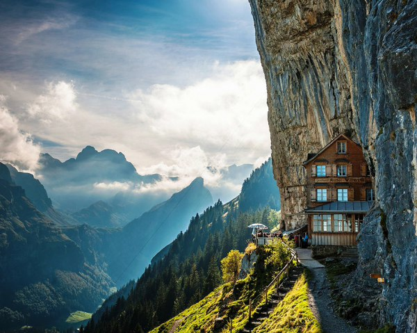 瑞士风格独特的高山旅馆Aescher
